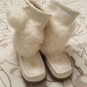 Bamboo Snow Bunny White Fur Boots